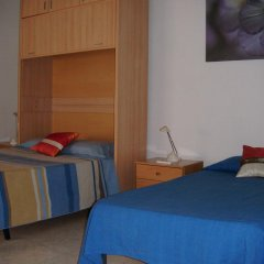 Отель Puerta del Sol Rooms Стандартный номер с двуспальной кроватью (общая ванная комната) фото 2