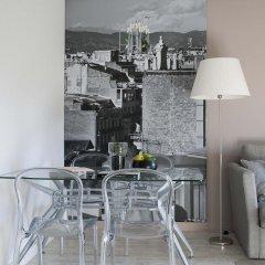 Отель Eric Vökel Boutique Apartments - Atocha Suites Испания, Мадрид - отзывы, цены и фото номеров - забронировать отель Eric Vökel Boutique Apartments - Atocha Suites онлайн гостиничный бар
