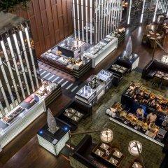 Отель Crowne Plaza Lumpini Park Бангкок гостиничный бар