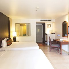 Отель Phuket Orchid Resort and Spa 4* Стандартный семейный номер с разными типами кроватей фото 12