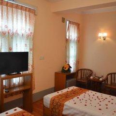 Royal Yadanarbon Hotel 3* Стандартный номер с двуспальной кроватью фото 9