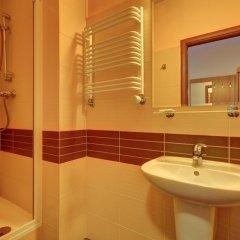 Отель Pod Grotem Польша, Варшава - отзывы, цены и фото номеров - забронировать отель Pod Grotem онлайн ванная