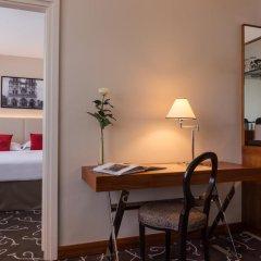 Отель Crowne Plaza Paris - Neuilly 4* Стандартный номер с различными типами кроватей фото 4