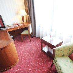 REDTOP Hotel & Convention Center 4* Улучшенный номер с различными типами кроватей фото 3