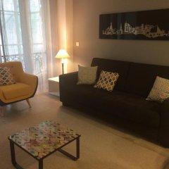 Отель Apartamentos San Marcial 28 Испания, Сан-Себастьян - отзывы, цены и фото номеров - забронировать отель Apartamentos San Marcial 28 онлайн комната для гостей
