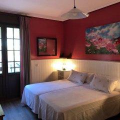 Отель Pensión Amaiur Стандартный номер с различными типами кроватей