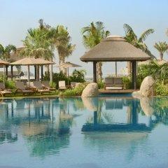 Апартаменты Sofitel The Palm, Дубай, Апартаменты бассейн фото 3