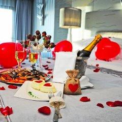 Отель Wyndham Grand Istanbul Kalamis Marina 5* Полулюкс с различными типами кроватей фото 7