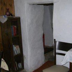 Отель Dionysos Pension удобства в номере