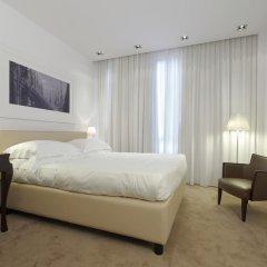 Отель UNAHOTELS Cusani Milano 4* Стандартный номер с двуспальной кроватью