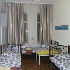 Хостел Радужный Кровать в общем номере двухъярусные кровати фото 6