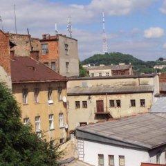 Гостиница Lemberg Hostel Украина, Львов - отзывы, цены и фото номеров - забронировать гостиницу Lemberg Hostel онлайн балкон