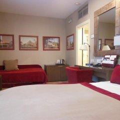 Dei Borgognoni Hotel 4* Стандартный номер с различными типами кроватей
