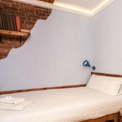 Апартаменты Charming Apartment In Barcelona Center Барселона комната для гостей фото 3