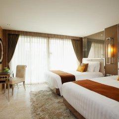 Отель Centara Grand Phratamnak Pattaya 5* Номер Делюкс с различными типами кроватей