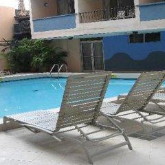 Отель Tiuna Колумбия, Сан-Андрес - отзывы, цены и фото номеров - забронировать отель Tiuna онлайн бассейн фото 2