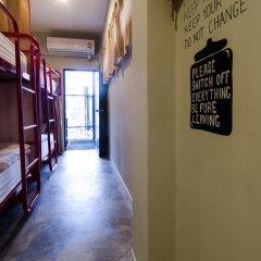 D Hostel Bangkok Кровать в общем номере с двухъярусной кроватью фото 15