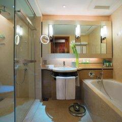 Shangri-La Hotel - Kuala Lumpur 5* Номер Делюкс с различными типами кроватей фото 3