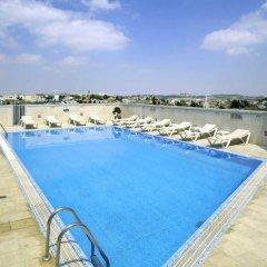 Отель Caesar Premier Jerusalem Иерусалим бассейн