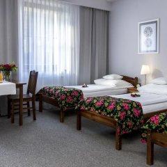 Отель Rezydencja Sienkiewiczówka 3* Стандартный номер с различными типами кроватей фото 4