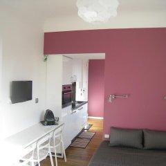 Отель At Home in Paris Булонь-Бийанкур комната для гостей фото 5