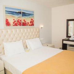 Апартаменты Brentanos Apartments ~ A ~ View of Paradise Семейные апартаменты с двуспальной кроватью фото 15