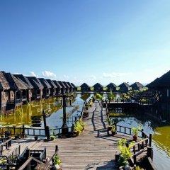 Отель Myanmar Treasure Resort Inle 4* Номер Делюкс с различными типами кроватей фото 6