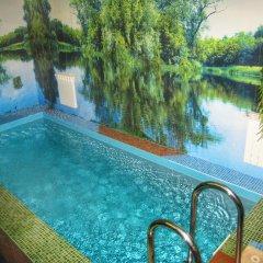 Гостиница Колос бассейн