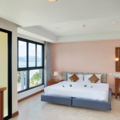 Отель By the Sea 3* Улучшенный номер с двуспальной кроватью фото 2