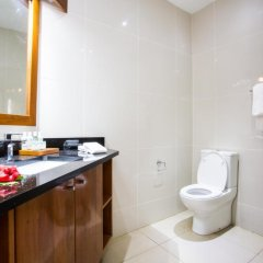 Отель Lomani Island Resort - Adults Only 4* Бунгало с различными типами кроватей фото 3