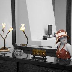 Отель Adamis Majesty Suites Греция, Остров Санторини - отзывы, цены и фото номеров - забронировать отель Adamis Majesty Suites онлайн интерьер отеля