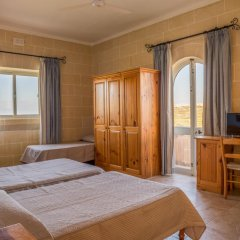 Отель Villa Al Faro Стандартный номер с различными типами кроватей (общая ванная комната)