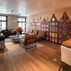 Отель Cornelisz Амстердам развлечения