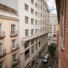 Отель Petit Palace Cliper Gran Vía Испания, Мадрид - отзывы, цены и фото номеров - забронировать отель Petit Palace Cliper Gran Vía онлайн балкон