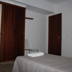 Отель Hostal Las Nieves Стандартный номер с различными типами кроватей (общая ванная комната) фото 8