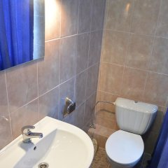 Гостиница Private Residence Osobnyak 3* Улучшенный семейный номер разные типы кроватей