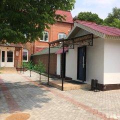 Гостиница Postoyaliy Dvor Inn в Уссурийске отзывы, цены и фото номеров - забронировать гостиницу Postoyaliy Dvor Inn онлайн Уссурийск парковка