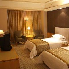 Baiyun Hotel Guangzhou 4* Номер Бизнес с различными типами кроватей