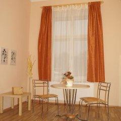 Отель Villa Karlstein 2* Апартаменты с различными типами кроватей фото 6