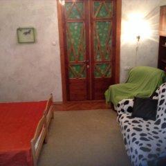 Ester President Hostel Стандартный номер с 2 отдельными кроватями (общая ванная комната) фото 8
