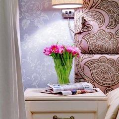 Гостиница Де Пари 4* Улучшенный номер с двуспальной кроватью фото 12