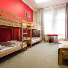 Moon Hostel Кровать в общем номере с двухъярусной кроватью фото 11