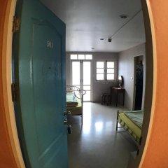Отель Roof View Place 2* Стандартный номер с различными типами кроватей фото 14