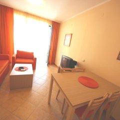 Апартаменты Menada Royal Sun Apartments Солнечный берег комната для гостей фото 2