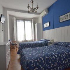 Отель Hostal Valencia Madrid Стандартный номер с различными типами кроватей фото 2