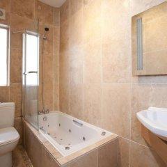 Отель Trafalgar Square Apartments Великобритания, Лондон - отзывы, цены и фото номеров - забронировать отель Trafalgar Square Apartments онлайн ванная