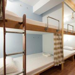 Barn And Bed Hostel Кровать в общем номере фото 13