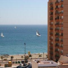 Отель Apartamentos Embajador Испания, Фуэнхирола - отзывы, цены и фото номеров - забронировать отель Apartamentos Embajador онлайн пляж