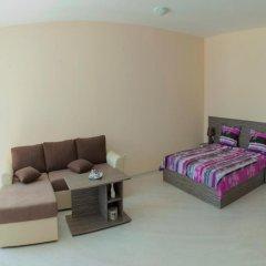 Апартаменты Mirena Rose Garden Family Studio Солнечный берег комната для гостей фото 2