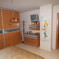 Отель Wilson Square Aparment Албания, Тирана - отзывы, цены и фото номеров - забронировать отель Wilson Square Aparment онлайн удобства в номере фото 2